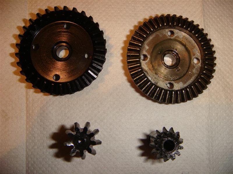 1 Diff gears, bulletprove 29T vs 43T (Medium).JPG
