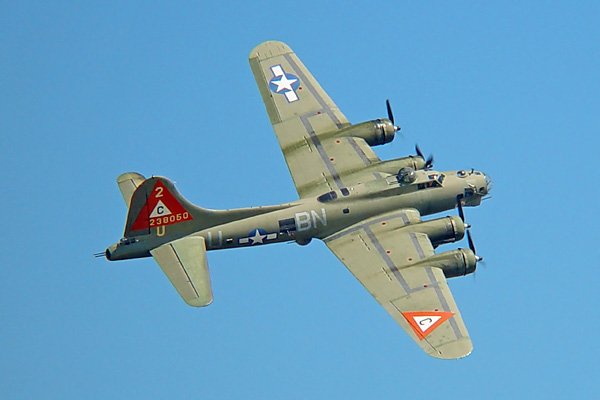 b-17-flying-fortress-3a.jpg