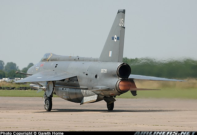 English electric lightning.jpg
