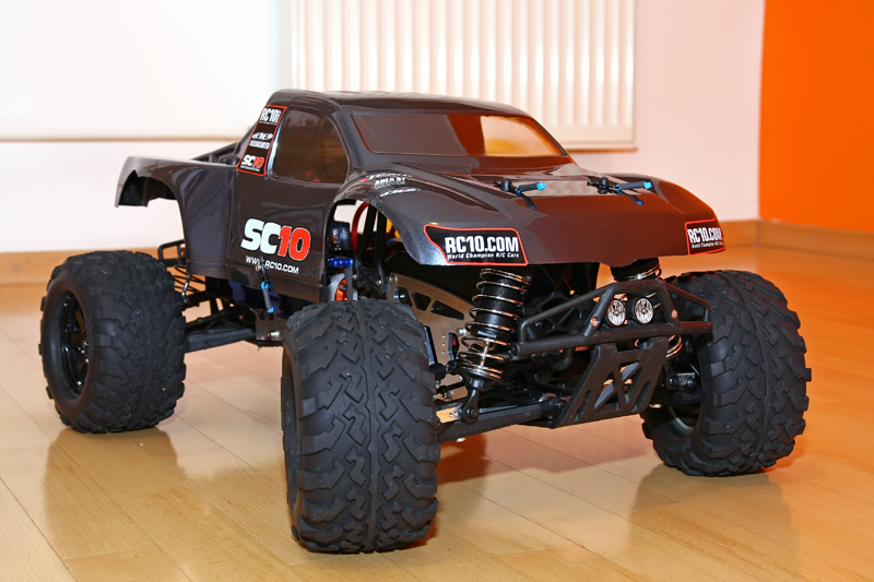 savage x with losi shocks.jpg